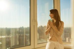 Mytí prosklených balkonů