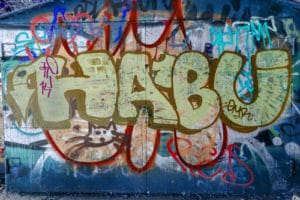 odstranění graffiti z fasád