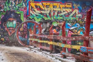 graffiti ničí vše