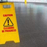 jak odstranit mastnotu z podlahy